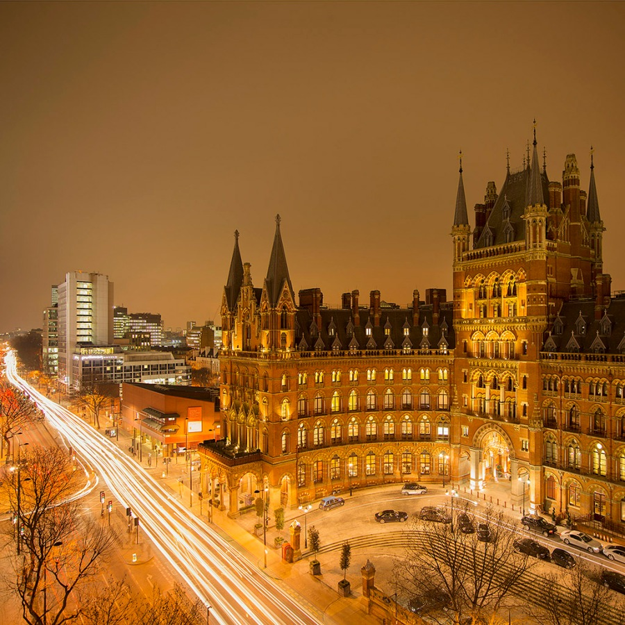 Easton_St_Pancras_square_8